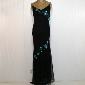 Xscape Size 12 Black Floral Silk Formal Prom Dress